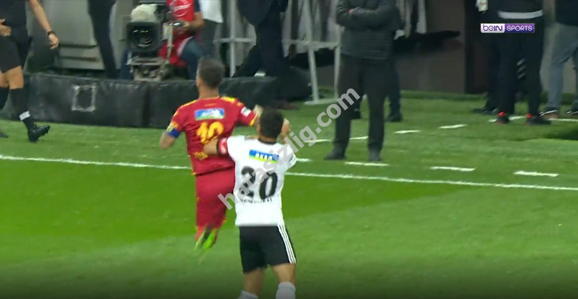 Rosier'in eline değen topta penaltı var mıydı?