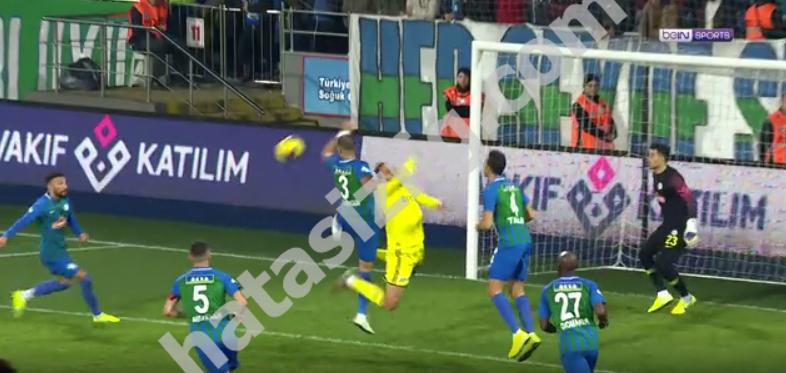 Vedat Muriqi'nin penaltı pozisyonu